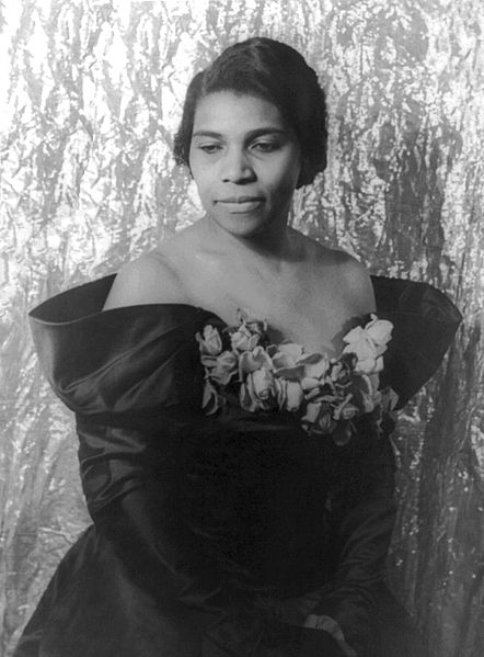 Marian_Anderson-Wikimedia Commons - Library of Congress